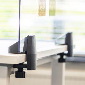 Schreibtisch-Trennwand - Acrylglas-Schutzwand - 58x120cm - Einzeltisch - Klemmbar & koppelbar
